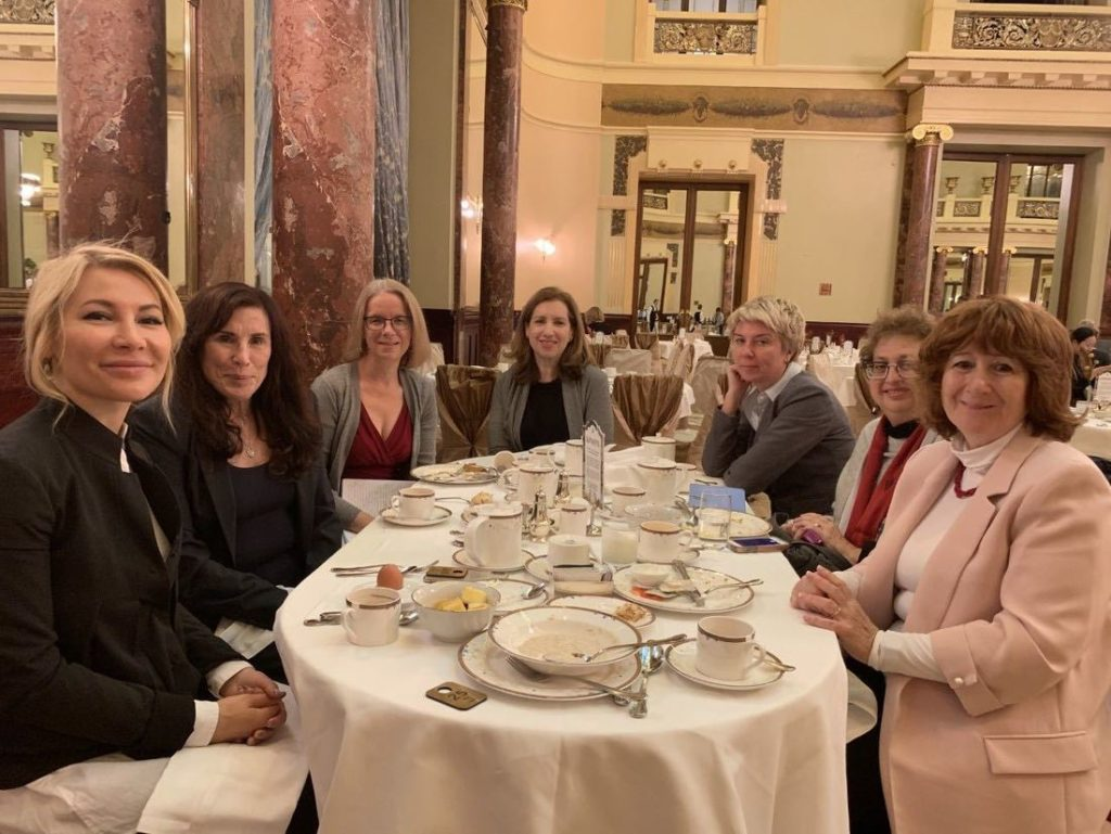 Alena Popova, Merle Hoffman, Karyn Gershon and the Choices delegation eating breakfast at the Metropol Hotel in Moscow