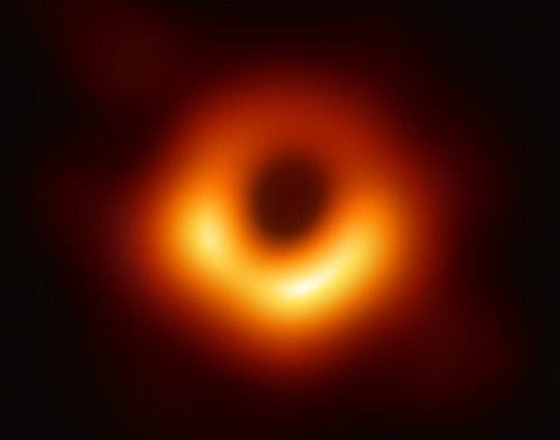 This extraordinary photograph of a black hole was made possible by a 29-year-old woman, computer scientist Katie Bouman
